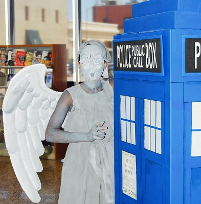 Teen Cosplayer Dressed as Weeping Angel from Doctor Who Series